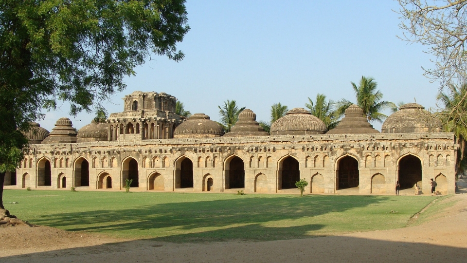 Elephant Stables; Places to visit in Hampi