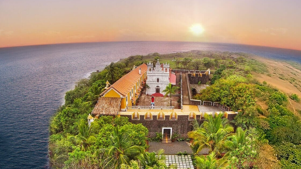 Fort Tiracol; Places to visit in Goa